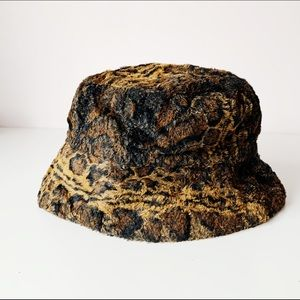 vintage 90s faux fur animal print bucket hat